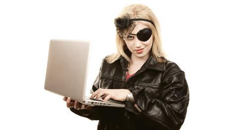 Harry Hilders - Piraterij