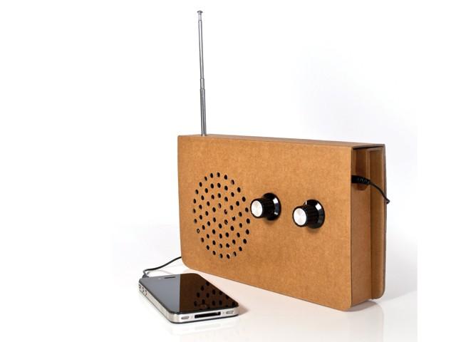 Harry Hilders - Suck UK kartonnen radio